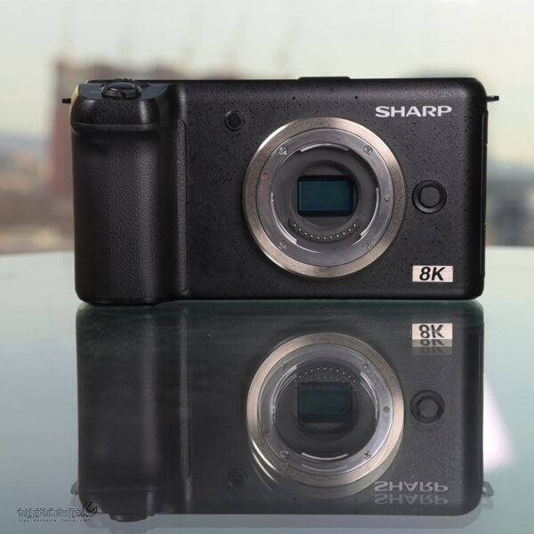 دوربین میکرو چهار سوم شارپ